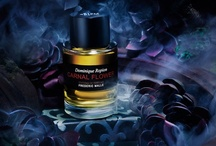 Carnal Flower (Frederic Malle) / Frederic Malle was inspired for Carnal Flower during his visits to California, where everything smells like gardenia  and tuberose. Dominique Ropion's third creation for Editions de Parfums Frederic Malle is an outstanding floral perfume that exudes sex appeal without crossing the boundary into vulgarity, it is non overwhelming lavishness and has the capacity to bond perfectly with the wearer's skin while still remaining true to nature.