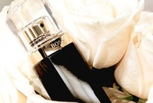 Boss Nuit pour Femme (Hugo Boss) / BOSS NUIT pour femme was inspired by the Little Black Dress and what it stands for. Just like the LBD complements every woman, NUIT pour femme is a wonderful compliment to women.