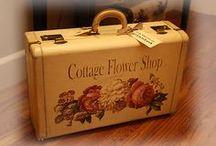 Florists, Flower Markets & Garden Shops / Flowers ~ The amazing scents, the vibrant  colors, the possibilities...