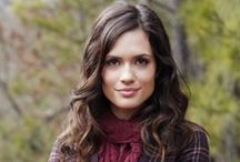 Torrey DeVitto/ Meredith Fell