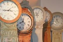 Mora clocks. I want one. <3