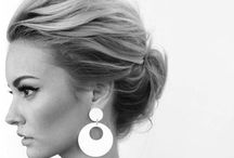 Textures / Modern style inspiration for more relaxed looking hair on the big day
