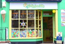 Daffy-down-dilly confectioners / Most likely the best High Street and on-line sweet shop in the United Kingdom!