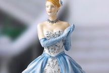Porcelain Figures / For My Sweet Sister-In-Law Gayle
