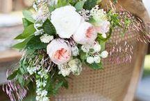 Wedding Chairs / Pretty wedding chairs decoration