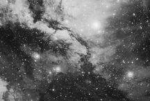 universum, kristaller och den fantastiska himlen.