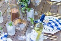 Blue Weddings / Beautiful blue ideas for wedding table decoration, invitations, bouquets, favors, centerpieces, etc