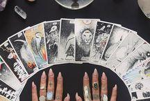 häxor, naturens apotek och magiska ting. / Wicca, witchy vibes, herbs