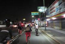 """Bicicleteando con la H. Div. del Sur / La H.H.H. División del Sur, es un  """"ejercito bicicletero"""" comprometido con la Bici-Revolución. Es un grupo abierto y los únicos requisitos que se piden para rodar con ellos son: bici en buen estado, buen ánimo y ganas de rodar entre amigos; el uso del casco es ampliamente recomendado.  Punto de reunión: (todos los) lunes a las 19:00 en el monumento a Álvaro Obregón, -parque de la Bombilla- (Insurgentes Sur, esq. Av. de la Paz) http://divisiondelsur.com @divisiondelsur / by Oscar Tello"""