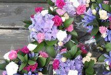 Florist's corner / Floral arrangements and the activity that happens in our florist's corner