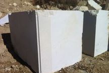 Blocks Crema Marfil / Roccia Stone is dedicated to the export of blocks, slabs and tile. Marble Spanish and Greek principally. www.roccia.es