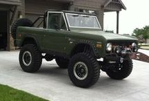 Broncos, Jeeps, and other stuff / by RP