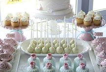 Dessert Table / by Petula Alicia