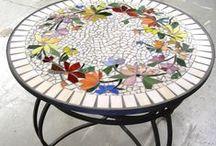 White in mosaics / Ideas for using white tiles.