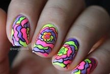 Nail art ! / by Maelys