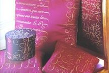 Nice fabrics & wallpaper / Cute sewing and quilting fabrics, lush furnishing fabrics, trims wallpaper
