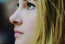 Divergent / <4