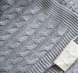"""Couverture Bébé - Naissance - LULLABLANKET / Magnifique couverture """"tricot"""". Extra douce et souple, soyeuse comme une caresse sur  la peau de votre bébé.  Parfaite pour les promenades de printemps, d'automne, et les matins frais d'été.  - Certification Oekotex.© - Lavable en machine à 30ºC - Couleur : Naturel ou Gris - Taille : 70 x 100 cm - Composition : 100% viscose de Bambou"""