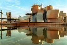 Escapadas al País Vasco / Disfruta de su gastronomía, de su cultura y de sus tradiciones. La milenaria tierra del País Vasco, te espera en tu próximo fin de semana, para disfrutar de su belleza paisajística.