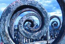La espiral... / ...no tiene ni principio ni fin, es un continuo cambio evolutivo que representa la vida eterna.