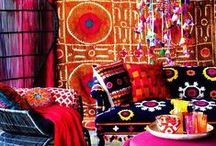 mexican inspired homes / Inspiration for a Mexican Inspired interior design perfect for a creative and colourful home.