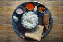 Malvani Food / Malvani masala is the secret behind the taste of this delectable Malvani cuisine. Since this region has abundant sea food, Malvani food is dominated with many varieties of delicious fish and non vegetarian dishes.