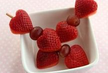 You're a Grape Valentine! / With Valentines just around the corner, don't forget to show your love - with grapes!