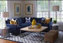 Granat na sofie/ Navy blue sofas