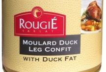 French Foies Gras & Duck Confit / Foies gras or not foies gras? Make your own mind with Simply Gourmand's selection of duck food treats available online. Simply Gourmand, your one-stop French grocery store that feeds you on all things French in America. We ship promptly to everywhere in the USA. #french #frenchfood #France