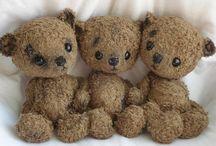 Teddy / I love teddy bears...