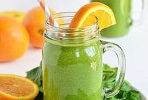 Green Smoothies / The best tasting green smoothies ever for glowing skin, increased energy and healthy digestion.