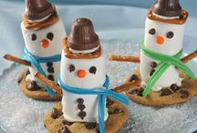 Holiday/Party Ideas & Decorations / by Diane Menard