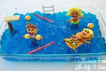 Pool Party Ideas / Pool Party Ideas - Birthday Party Ideas for Kids including Pool Party Invitations, Pool Party Games, Pool Party Supplies, Pool Toys, Kids Party Food and Pool Party Cakes and Pool Party Favors.