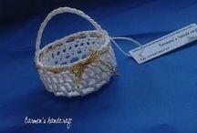 Mărturii nuntă şi botez / Mărturii croşetate manual. http://carmenshandcraft.wordpress.com/