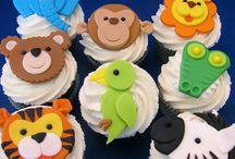 Animal Cakes & Cupcakes / Cake and cupcake ideas for an animal party, zoo party, safari party, rainforest party, jungle party, reptile party, owl party, bug party, bee party, butterfly party, penguin party, snake party, crocodile party, Wild Kratts party or animal print themed party. Great ideas for animal themed VBS and baby showers, too. See all our boards -- TONS of animal-themed ideas at http://www.pinterest.com/zooniversity/