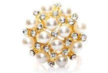 Prstene na šatky a šále / Prstene na hodvábne šatky a šále značky MarieJean.eu. Prstene sú ručne vyrábané a špeciálne navrhnuté tak, aby dokonale splynuli z ručne maľovanými hodvábnymi šatkami alebo šálami