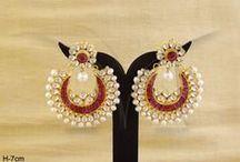 Kundan Earrings | Meenakari Kundan Earrings / Designer Kundan Earrings for a Rajwadi Look & Feels , these earrings gives an ancient Indian Touch. Meenakari Kundan Jewelry
