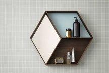 Scandinavische badkamer / De mooiste Scandinavische design accessoires voor je badkamer. Van bekende merken zoals Ferm Living, Eva Solo, Vipp en Sagaform.
