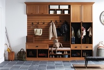 Organized Entryways / Great accessories to keep your little corner of California organized and clutter free. And never lose your keys again.