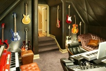Songbird Sanctuaries / Inspiring spaces and equipment for capturing the golden sounds of The Golden State.