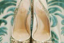 Mode / Découvrez les meilleures idées de prêt-à-porter et accessoires : robe, jupe, chemise, chaussures, bijoux...