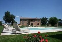 Villas with pool / Beautiful villas for rent in Tuscany, Umbria,, Elba Island, etc...