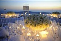TABLE CENTERS | LOW / A collection of our favourite low centerpieces