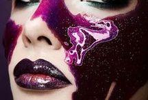 From bizarre, to bazaar! / Life, color and extravaganza!