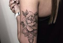 { Tattoos } / Beautiful body art: fine lines, watercolours and flowers.