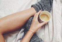 { Cocooning } / Because there is nothing as great as spending a day wrapped up in a blanket with a good cup of tea.