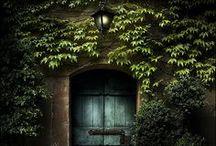 Drzwi | Doors / Otwarte, zamknięte, przymknięte, drewniane, PVC, harmonijkowe... po prostu drzwi