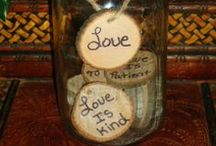Mason Jar Weddings / Mason Jar Weddings- ideas on how to use mason jars in your wedding.