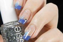 French manicure / Ranuja eli ranskiksia eli ranskalaisia manikyyreja. Taitaa jäädä vähän tyhjäksi tämä kansio :D