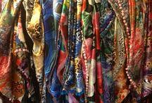 Parels & Rozen - Sjaals / Unieke zelfgemaakte sjaals uit eigen atelier!        Ook verkopen wij sieraden, horloges, tassen en nog veel meer leuks via onze webwinkel of een party op lokatie.   Zie ook www.parelsenrozen.nl voor meer informatie.